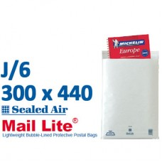 Mail Lite 300 x 470 wht bubbled lined J6 - Box of 50